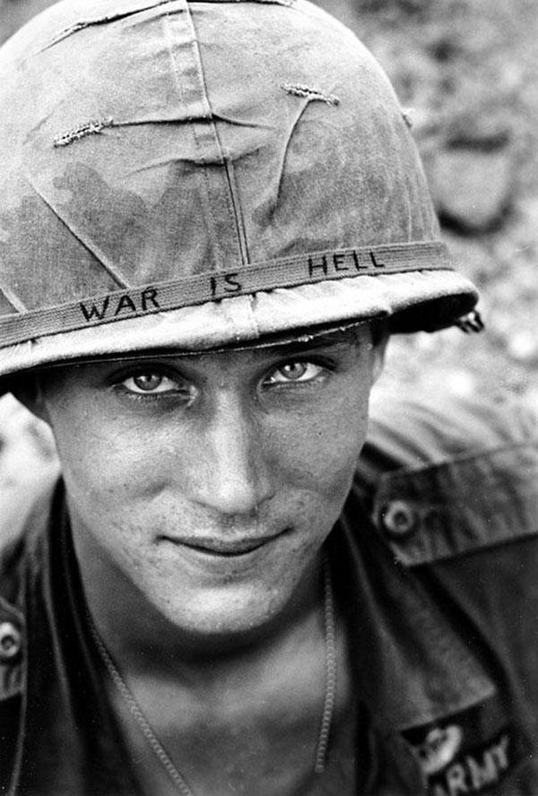 Un soldato sconosciuto nel Vietnam nel 1965