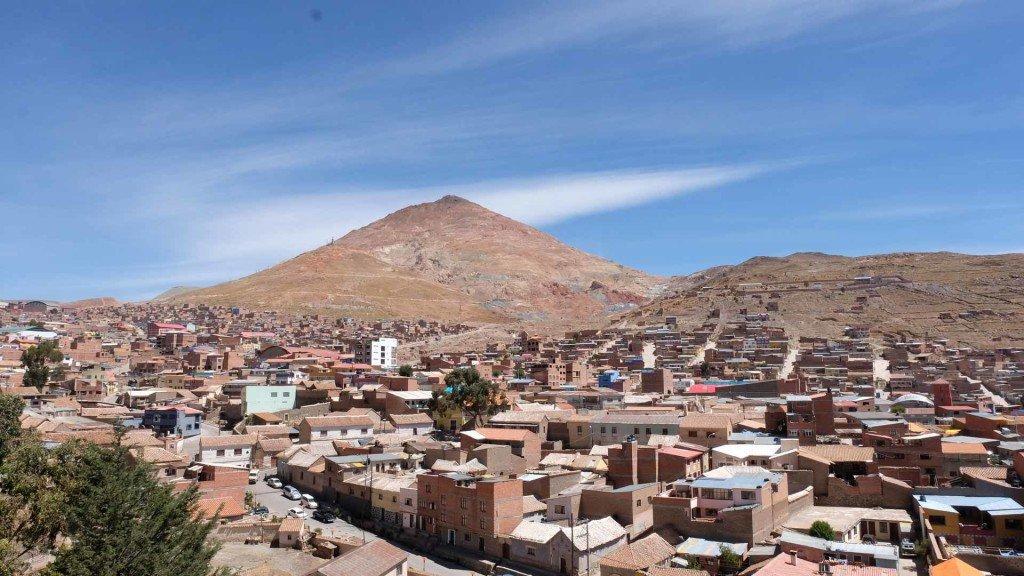 Vista-del-Cerro-Rico-da-Potos