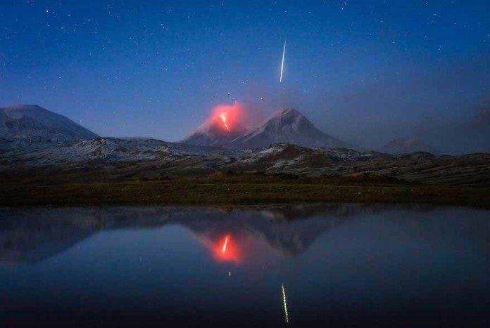 Meteora durante un eruzione vulcanica