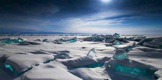 Lago Baikal ghiacciato, Siberia Orientale, Russia
