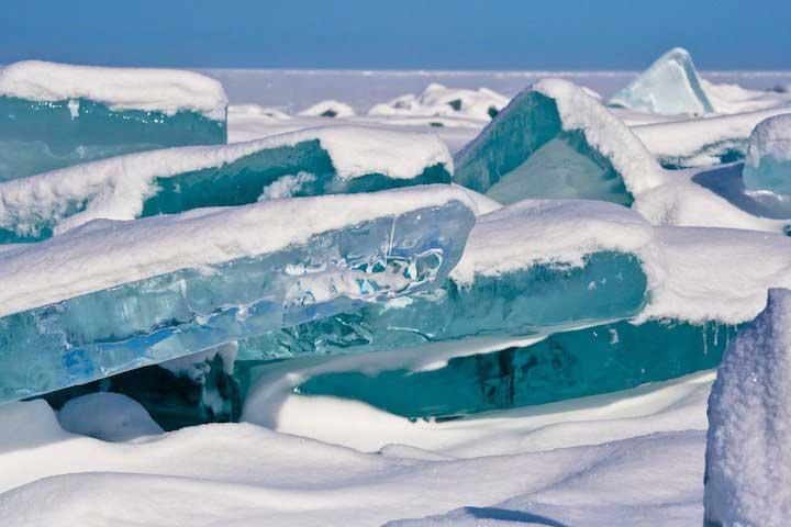 Lago Baikal ghiacciato, Siberia Orientale, Russia.jpg (4)