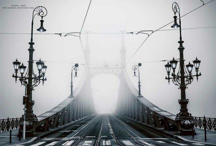 Budapest con la nebbia, Tamás Rizsavi