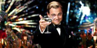 Leonardo di Caprio ne Il Grande Gatsby, uno dei scapoli d'oro più famosi nei film