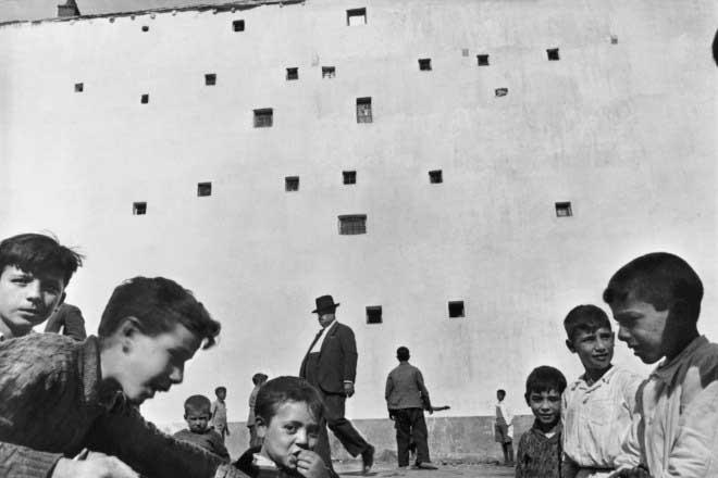 Henri Cartier Bresson e la discrezione nelle foto