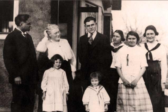 La famiglia di Ernest Hemingway quando era bambino