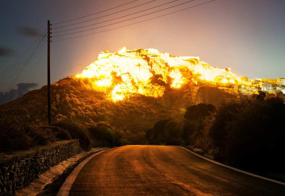 illusione di esplosione di Corey Arnold