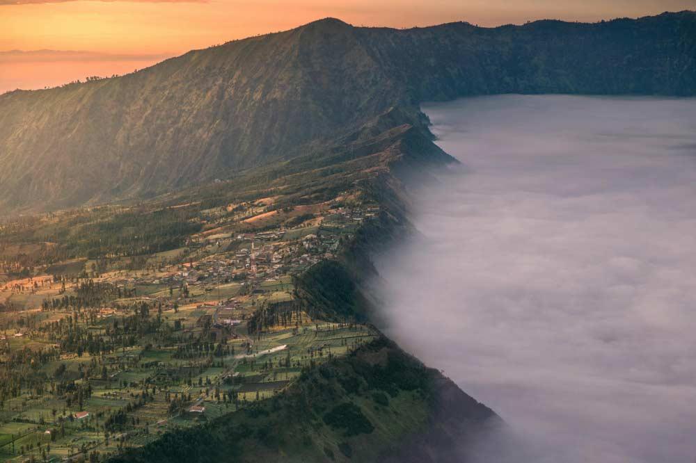Tramonto in Indonesia di Silentino Natti