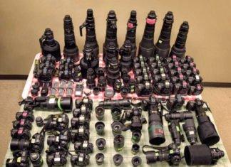 L'enorme attrezzatura fotografica Nikon di Bill Frakes