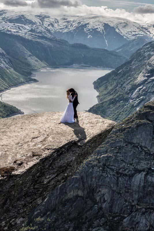 Trolltunga, Norvegia