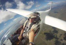 Selfie da un aereo in volo