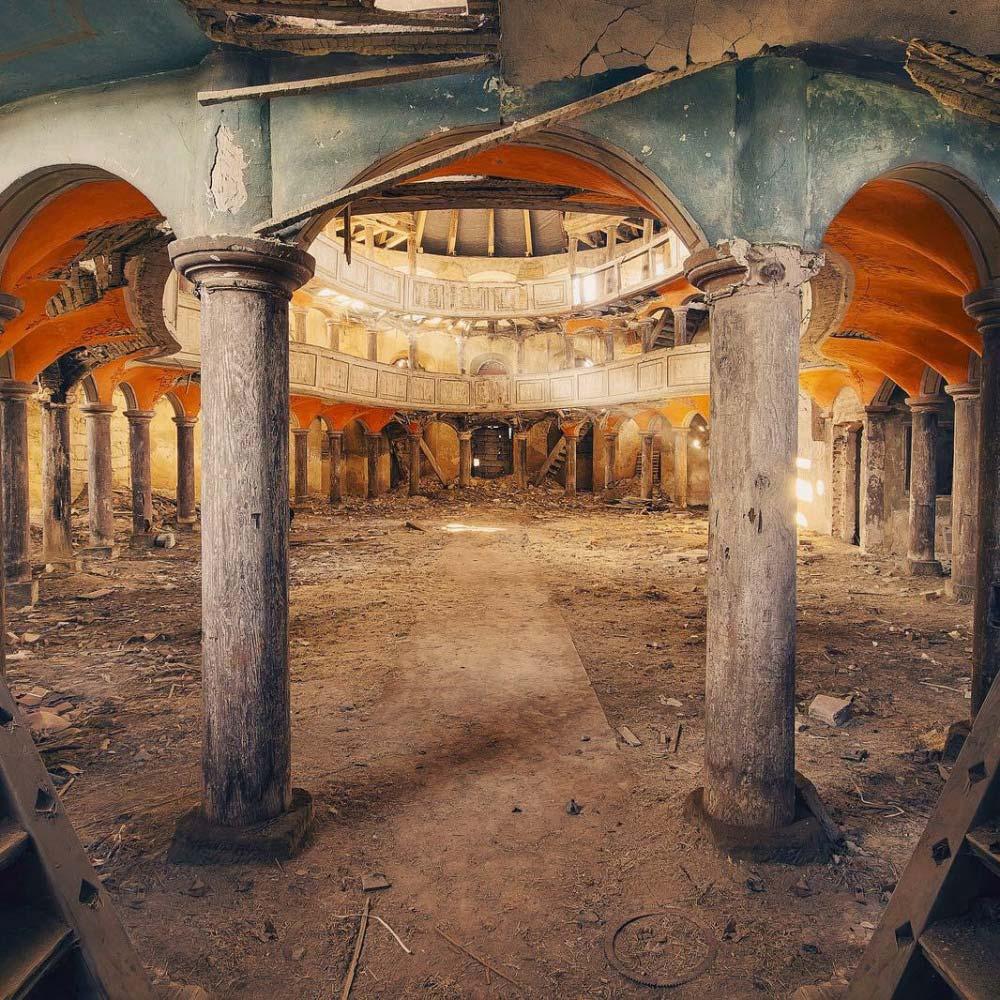 Una cappella abbandonata di © leon.beu