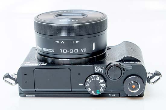 Recensione Nikon 1 J5