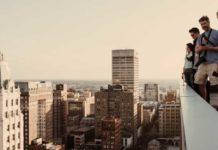 Eric Paul Janssen cade da un grattacielo