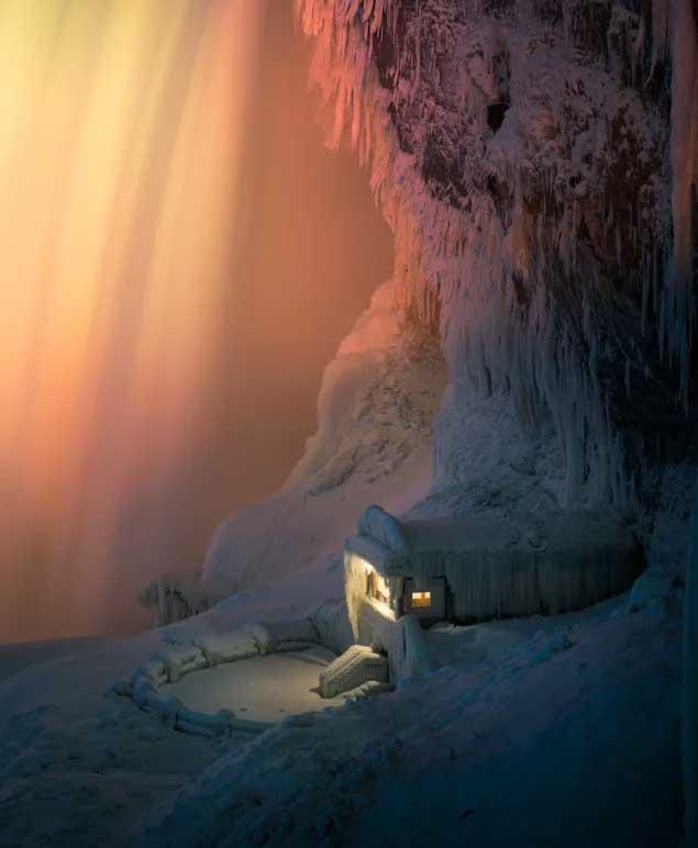 Foto cascate del Niagara gelate di Adam Klekotka