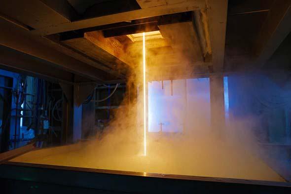Come vengono create le lenti nella fabbrica Hakira