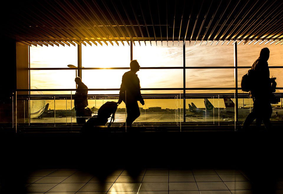 Come trasportare il cavalletto sull'aereo, i consigli