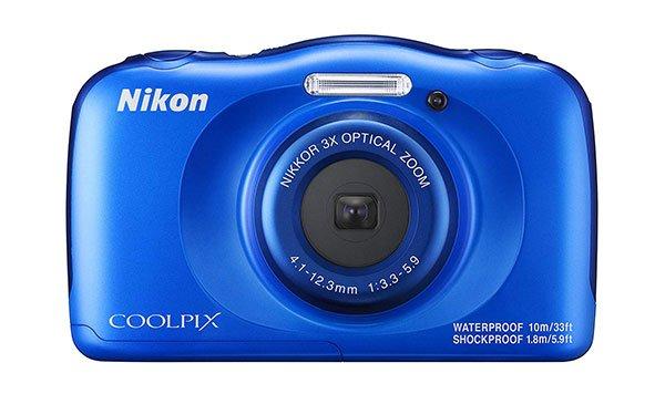 La fotocamera compatta più economica: Nikon Coolpix W100