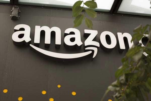 Acquistare una macchina fotografica su Amazon
