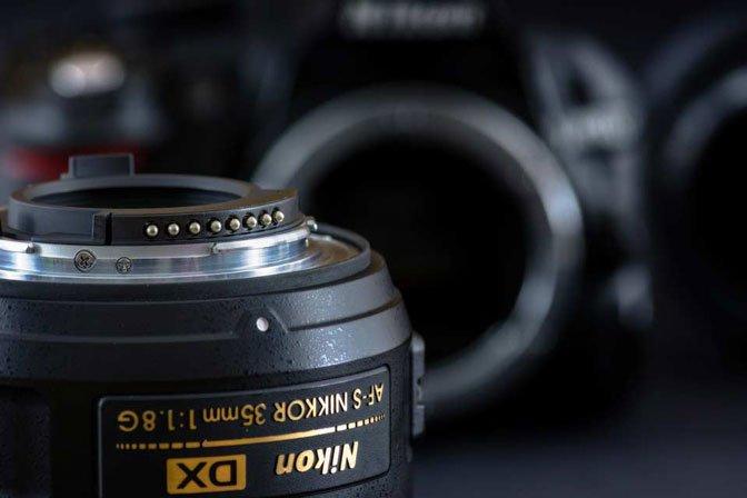 La guida alle sigle degli obiettivi Nikon