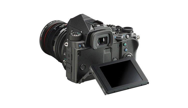 Una fotocamera veloce e precisa, la Pentax KP
