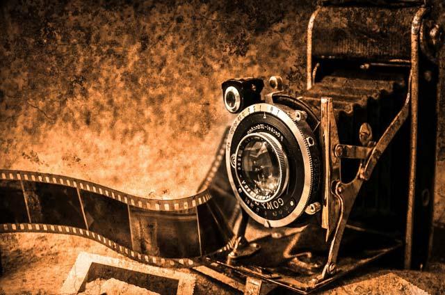 La pellicola fotografica nella camera oscura