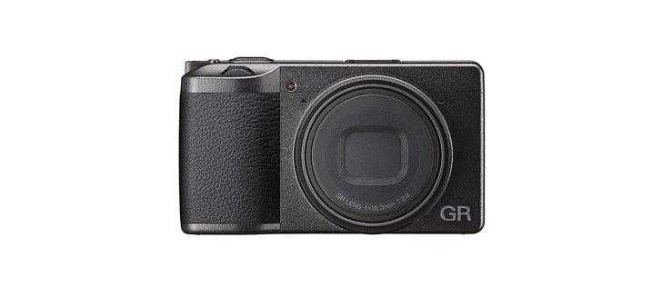 La macchina fotografica GR III