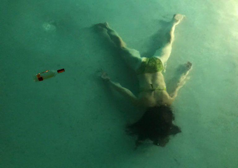 STEFDIES_in piscina