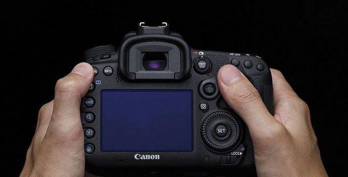 I parametri delle Canon Mirrorless