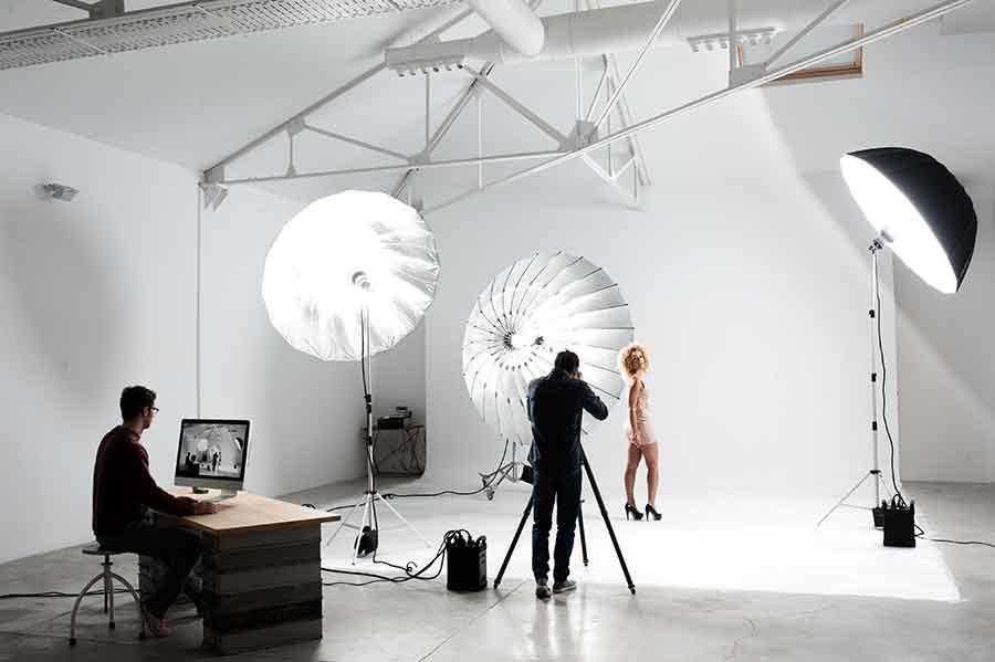Sala posa di uno studio fotografico